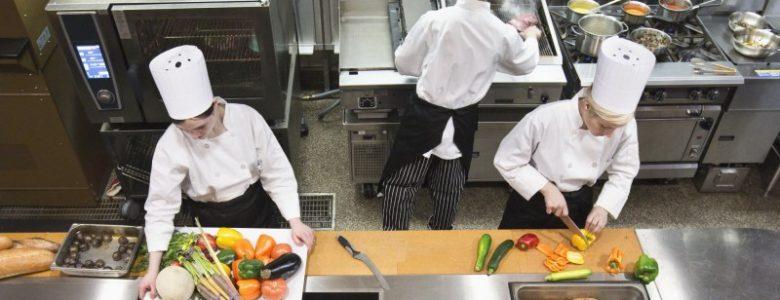 cozinha funcionários restaurante